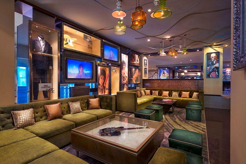 hard-rock-hotel-cancun-smash-guitar-lounge